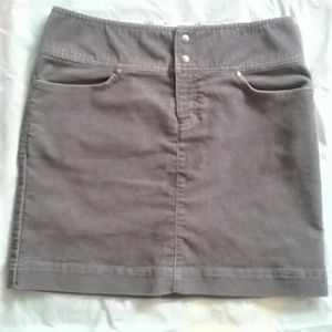 "Athleta ""Vintage Ridge"" Corduroy Mini Skirt /A0009"